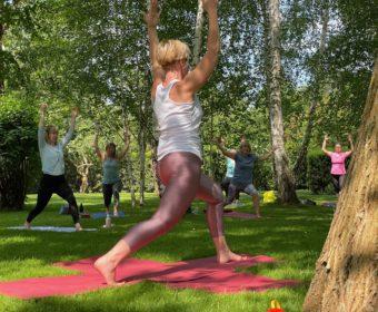 Yoga in der Villa